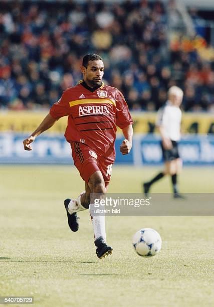 Der brasilianische Fußballer Emerson Ferreira da Rosa im Trikot von Bayer Leverkusen. Undatiertes Foto.