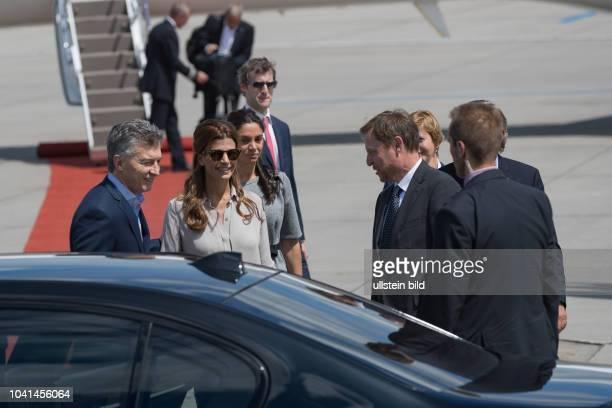 Der Deutsche Botschafter von Argentinien SE Luis Maria Kreckler empfängt den Argentinischen Praesidenten Mauricio Macri und seine Ehefrau Juliana...
