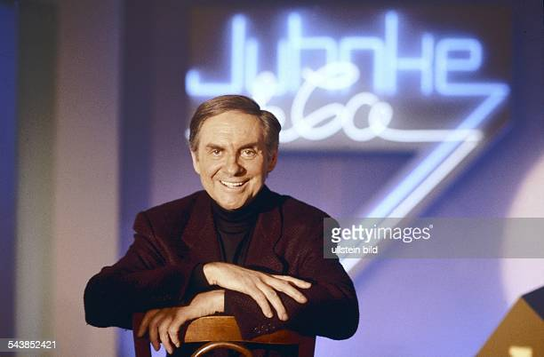 Der deutsche Entertainer Harald Juhnke in der sechsteiligen Comedyshow Juhnke Co Aufgenommen um 1991