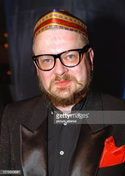Der deutsche Liedermacher Heinz Rudolf Kunze am 4.3.1999 in Hamburg bei der Party im Anschluß an die Verleihung des deutschen Schallplattenpreises...