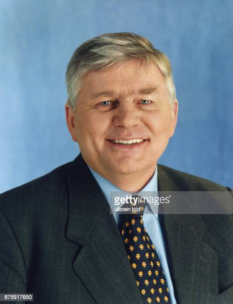 Der deutsche Politiker Dr Alfred Gomolka früherer Ministerpräsident von MecklenburgVorpommern ist als Kandidat für das Europaparlament aufgestellt