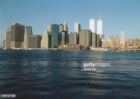 Der East River Vor Der Skyline Von Manhattan In Der