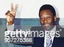 Der ehemalige brasilianische Fußballspieler Pelé war Anfang April 1993 zu Gast in Berlin und warb für ein KreditkartenUnternehmen einer der Sponsoren...