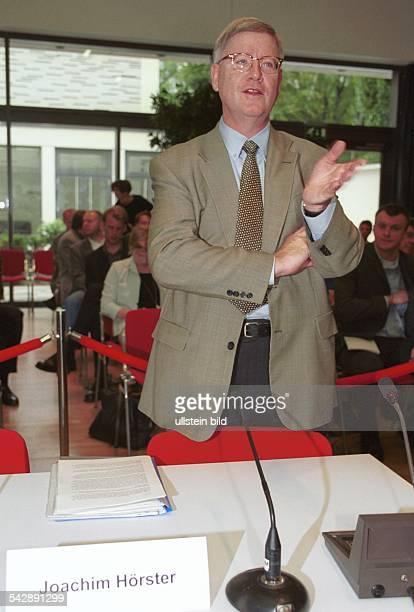 Der ehemalige Parlamentarische Geschäftsführer der CDUBundestagsfraktion Joachim Hörster während einer Sitzung des Untersuchungsausschusses zur...
