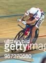 Der englische Radsportler Chris Boardman fährt in der Qualifikation der Einzelverfolgung bei der BahnradWeltmeisterschaft in Manchester mit 413353...