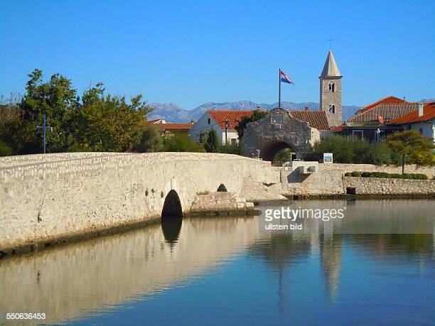 Der kleine Ort 20 km nördlich von Zadar gelegen spielte am Ende des 9 Jahrhunderts vor Chr eine wichtige Rolle bei der Entstehung eines unabhängigen...