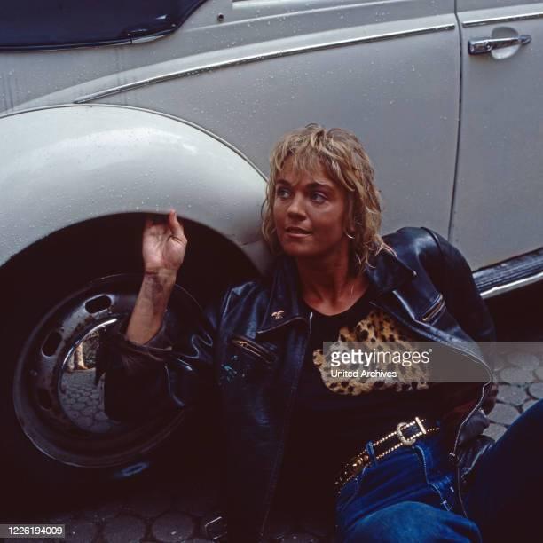 Der Mann der keine Autos mochte Fernsehserie Deutschland 1984 Folge Verlorene Liebesmüh' Darsteller Birte Berg