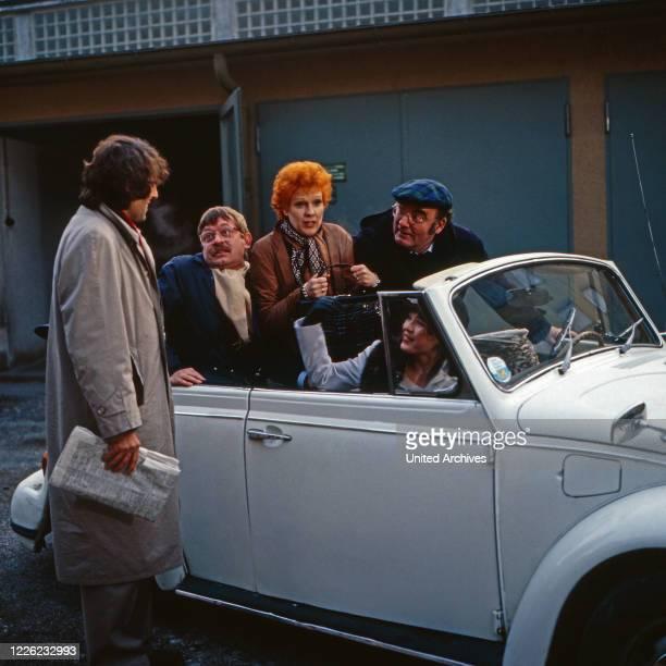 Der Mann der keine Autos mochte Fernsehserie Deutschland 1984 Folge Im Schilderwald Darsteller Jörg Pleva Ralf Schermuly Elisabeth Volkmann Anja...