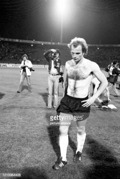 Europameisterschaft 1976 Photos And Premium High Res Pictures Getty Images