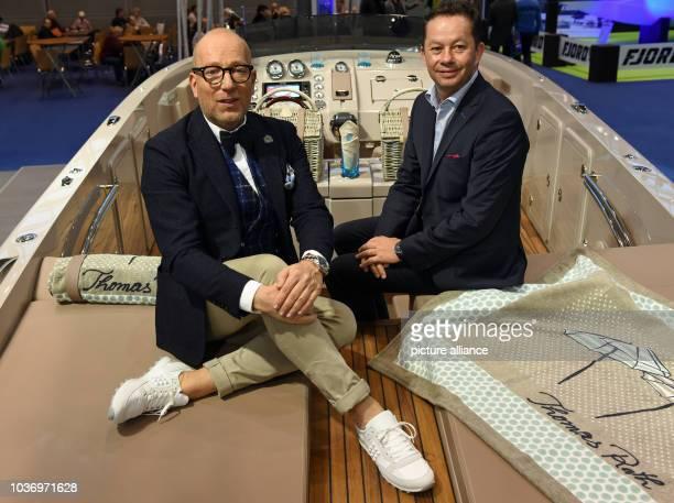 Der Modedesigner Thomas Rath und Stefan Frauscher, Eigentümer und Geschäftsführer der Frauscher Bootswerft, sitzen am in Düsseldorf auf der Messe...