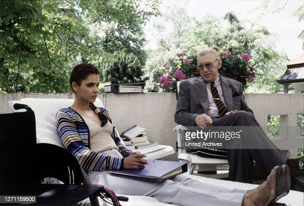 Der Mord, der ein Irrtum war Deutschland 1997 / Dietrich Haugk Als Anneliese Beck vom Einkauf nach Hause kommt, entdeckt sie ihren toten Mann. Mit...