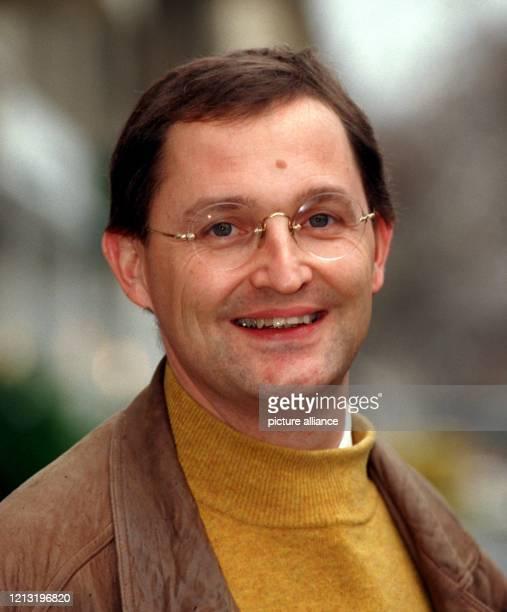 Der neue Präsident der Ärztekammer Berlin, Günther Jonitz, aufgenommen am 27.1.1999 in Berlin. Der Nachfolger von Ellis Huber wurde am 19. Juni 1958...
