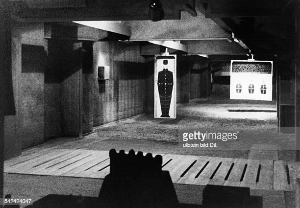 Der Pistolenschiessstand imReichsbankneubau 1941Foto Curt Ullmann