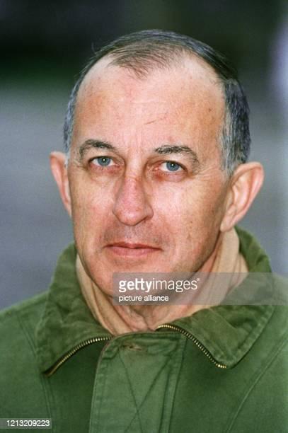 Der Schriftsteller Juan Goytisolo, aufgenommen am 4. Dezember 1993. Er wurde am 5. Januar 1931 in Barcelona geboren.