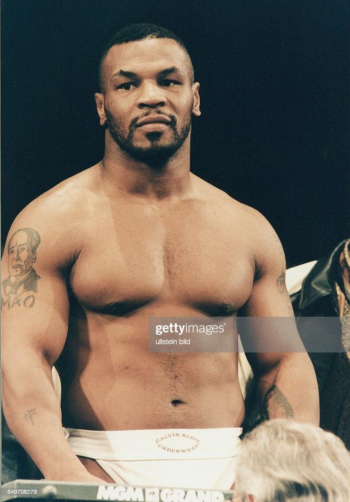 Tyson, Mike / Boxen : News Photo