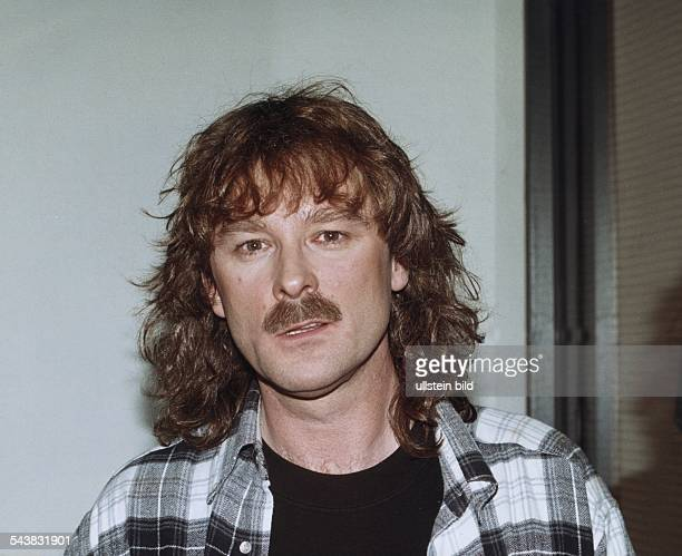 Der Sänger Wolfgang Petry Aufgenommen März 1999