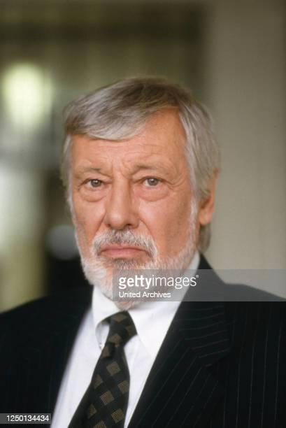 Der österreichische Schauspieler und Moderator Dietmar Schönherr, Deutschland 1980er Jahre.
