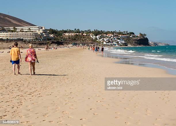 Der Strand Playa Jandia in der Naehe von Morro Jable auf der kanarischen Insel Fuerteventura in Spanien.