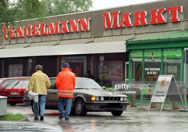 Der TengelmannMarkt im bayerischen Starnberg aufgenommen am 181997 Der Lebensmittelkonzern ist erpreßt worden Der Täter hatte fünf Millionen Mark...