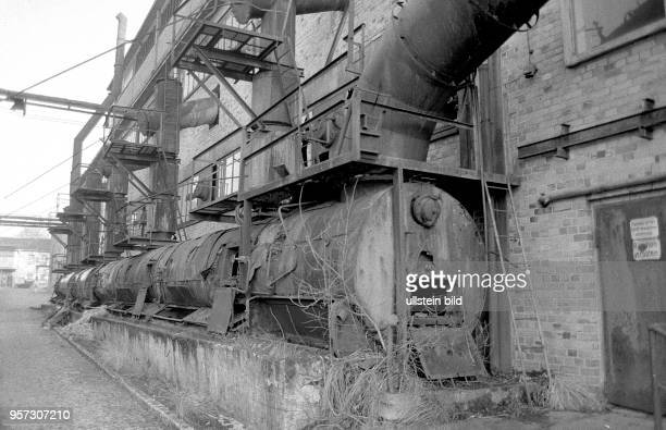 Der VEB Fernsehkolbenwerk Friedrichshain im Bezirk Cottbus kurz vor der Verschrottung aufgenommen 1985 Das Werk war 1961 mit der Produktion von...