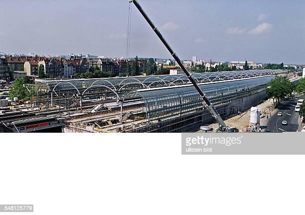 Der zukünftige Fernbahnhof Spandau an der Seegefelder Strasse im Bau Blick von erhöhtem Standpunkt