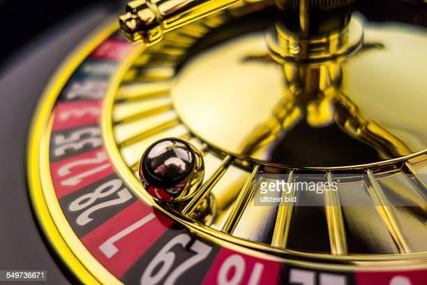 Der Zylinder eines Roulette Glücksspiel in einem Spielkasino Gewinn und Verlust wird durch Zufall entschieden