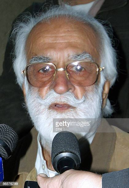 In this picture dated 10 January 2006 Pakistani Bugti tribal chief Nawab Akbar Bugti talks with media representatives in Dera Bugti town in...