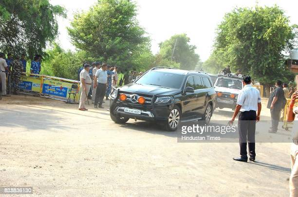 Dera Sacha Sauda chief Gurmeet Ram Rahim Singh has started by road from his 'dera' in Sirsa to reach Panchkula for the court verdict in the rape case...
