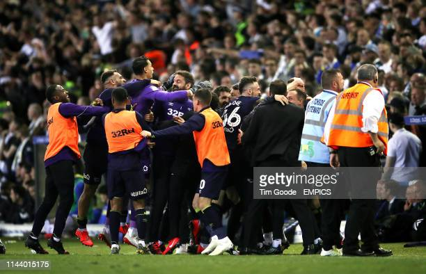 Derby County players and staff celebrate their side's fourth goal of the game scored by Jack Marriott Leeds United v Derby County Sky Bet...