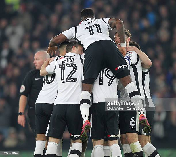 Derby County's players celebrate Bradley Johnson goal during the Sky Bet Championship match between Derby County and Norwich City at iPro Stadium on...