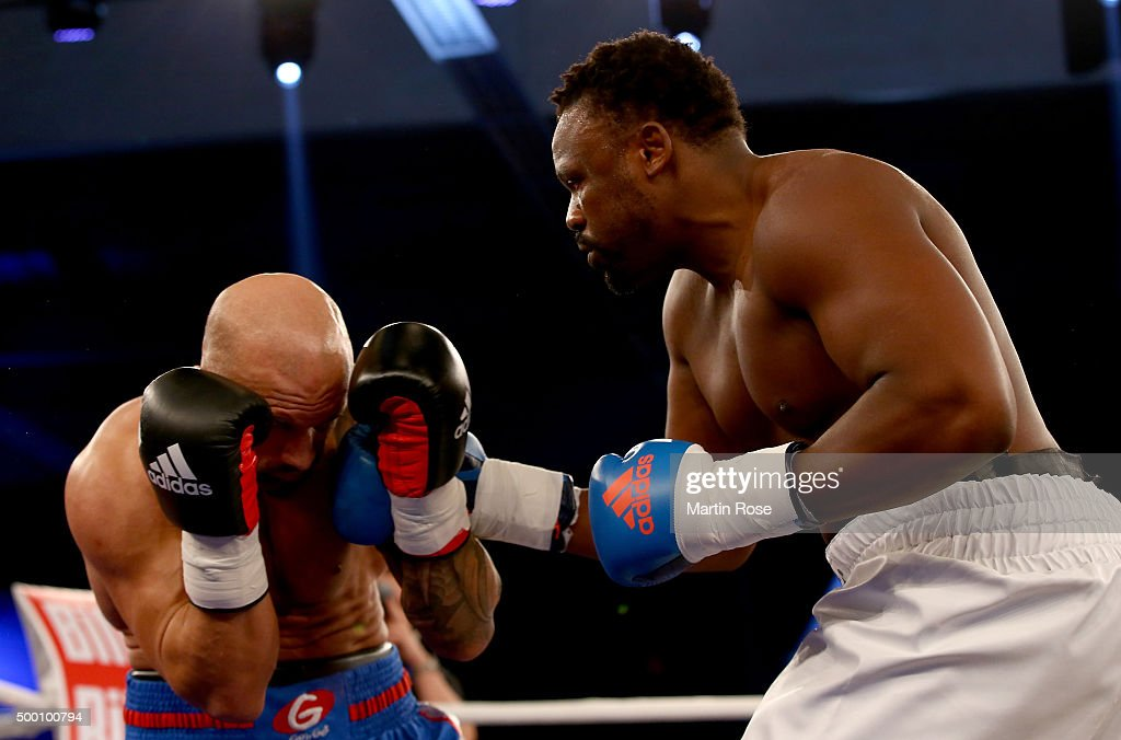 Dereck Chisora v Peter Erdos - Heavyweight Boxing : News Photo