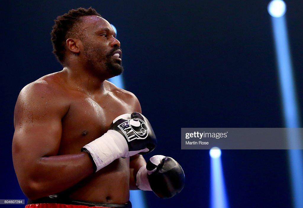 Vincent Feigenbutz v Giovanni De Carolis - WBA Super-Middleweight World Championship : News Photo