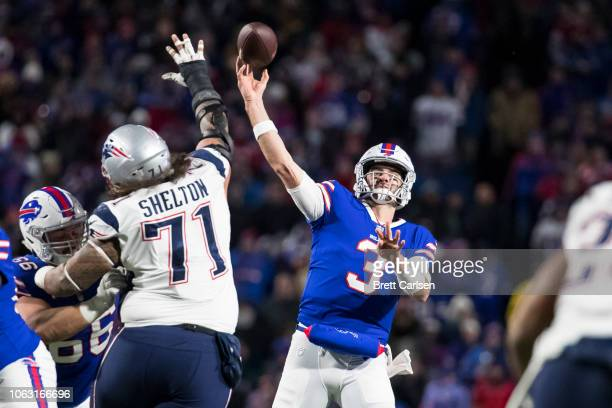 Derek Anderson of the Buffalo Bills passes the ball during the fourth quarter against the New England Patriots at New Era Field on October 29 2018 in...