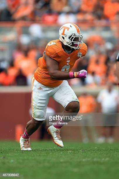 Derek Barnett of the Tennessee Volunteers rushes the passer during a game against the Chattanooga Mocs at Neyland Stadium on October 11 2014 in...