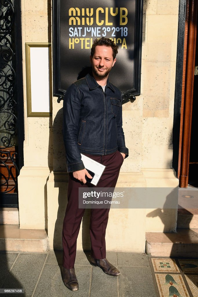 Derek Blasberg attends Miu Miu 2019 Cruise Collection Show at Hotel Regina on June 30, 2018 in Paris, France.