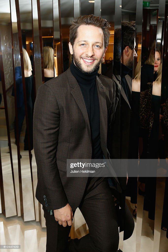 Derek Blasberg attends the Lonchamp Cocktail as part of the Paris Fashion Week Womenswear Spring/Summer 2017 at Longchamp Boutique St Honore on October 4, 2016 in Paris, France.