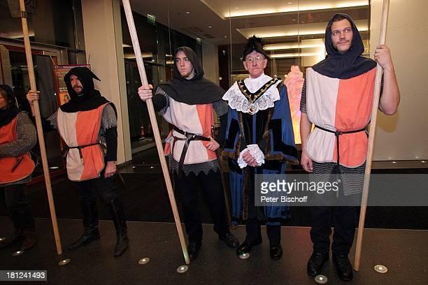 Derek Cresswell Ritter Weltpremiere vom Musical 'Robin Hood' MusicalTheater Bremen Deutschland