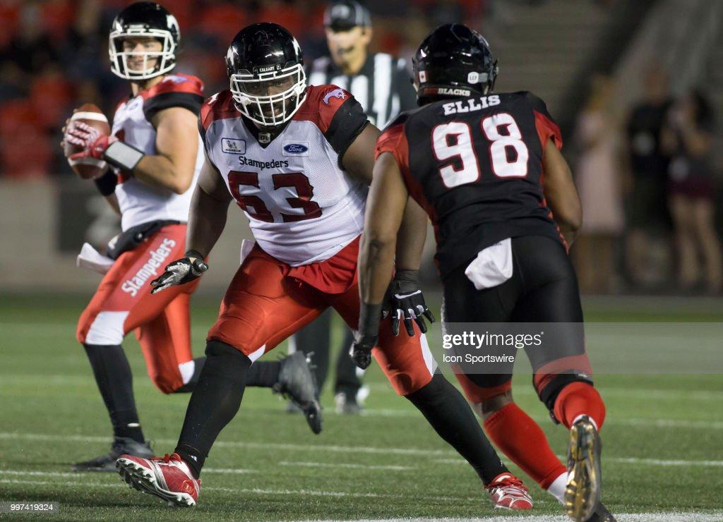 CFL: JUL 12 Calgary Stampeders at Ottawa Redblacks : News Photo