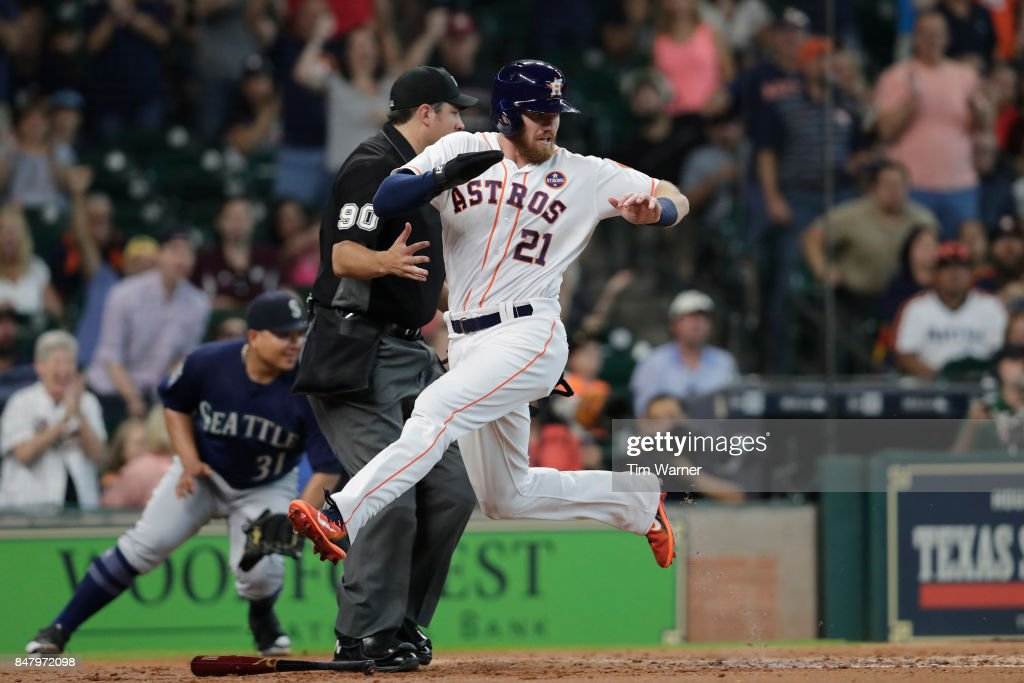 Derek Fisher #21 of the Houston Astros scores a run in the second inning against the Seattle Mariners at Minute Maid Park on September 16, 2017 in Houston, Texas.