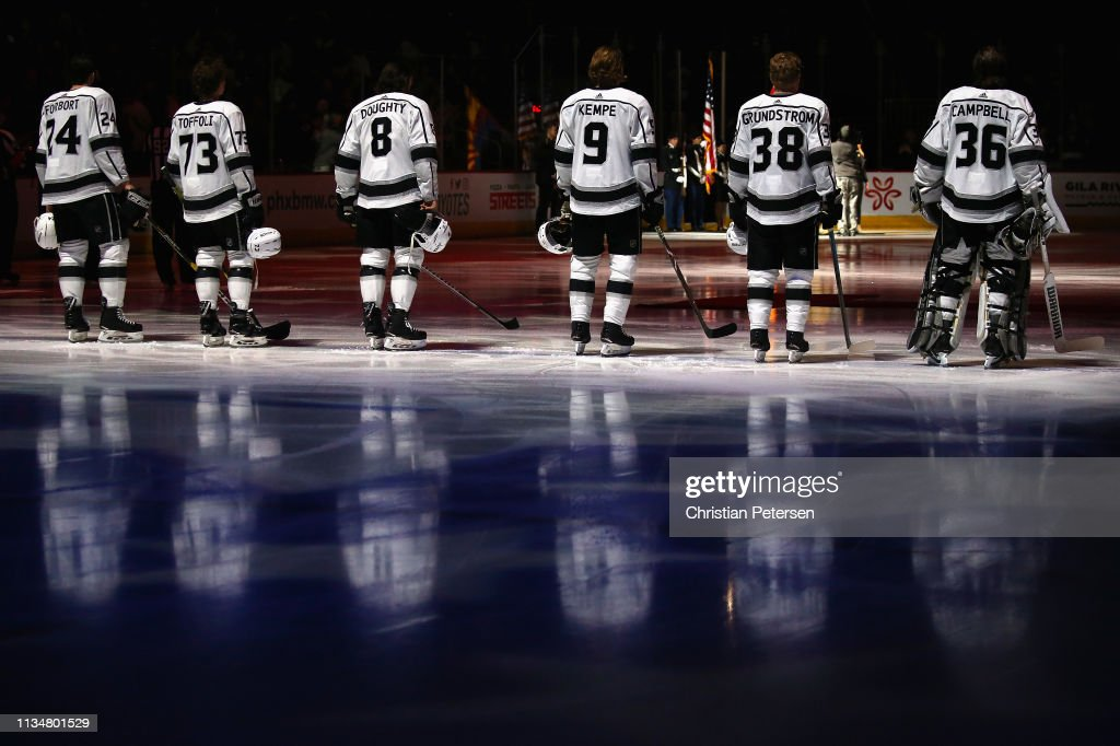 Los Angeles Kings v Arizona Coyotes : News Photo