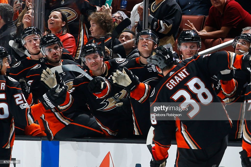 Derek Grant #38 of the Anaheim Ducks celebrates his third period goal with his teammates during the game against the Boston Bruins on November 15, 2017 at Honda Center in Anaheim, California.