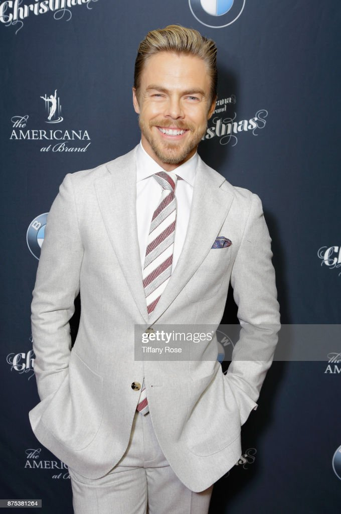 Derek Hough at Derek Hough Hosts The Americana at Brand Tree Lighting Presented By BMW on November 16 in Glendale, California on November 16, 2017 in Glendale, California.
