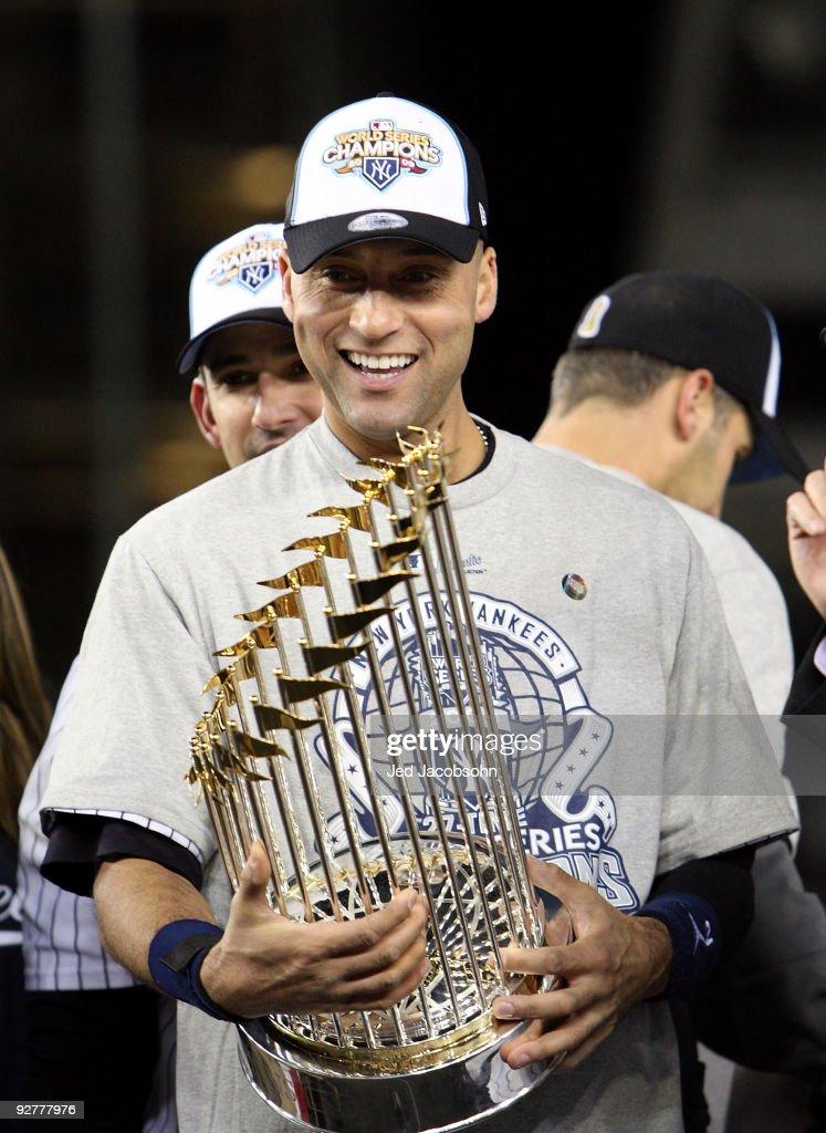 Philadelphia Phillies v New York Yankees, Game 6 : News Photo
