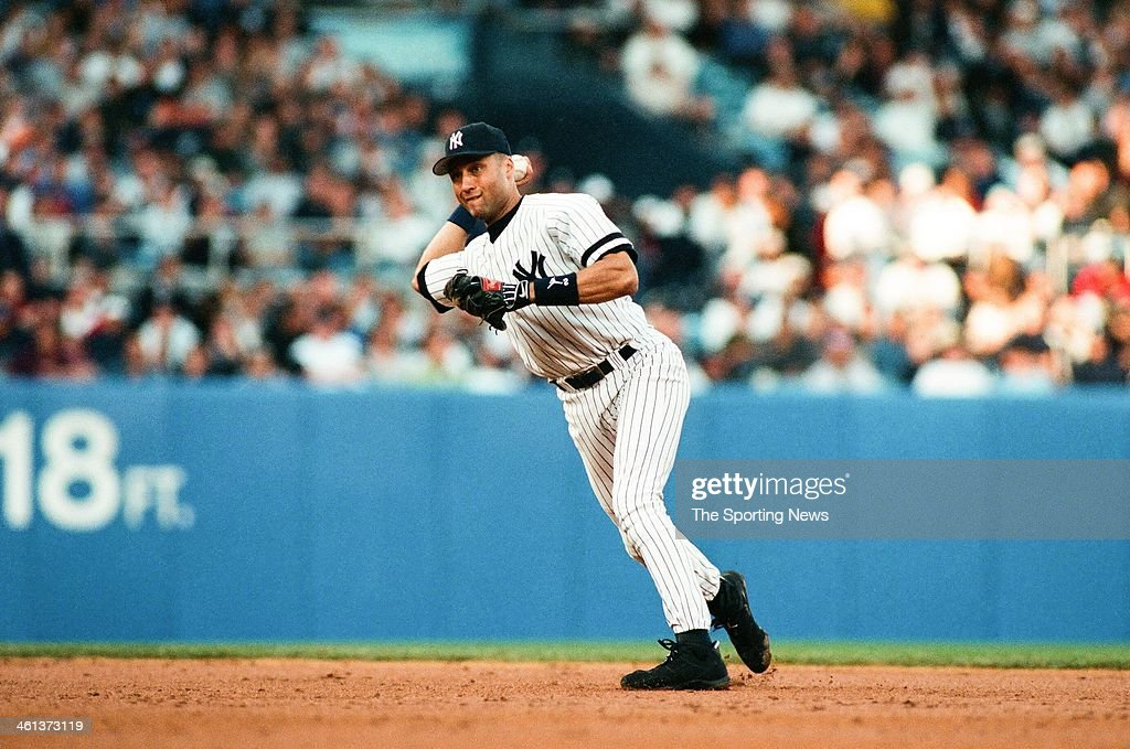 American League Championship Series - Seattle Mariners v New York Yankees - Game Two : News Photo