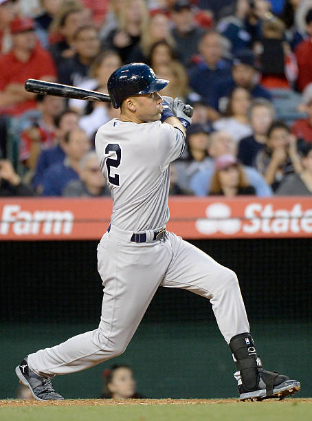 Derek Jeter #2 of the NY Yankees