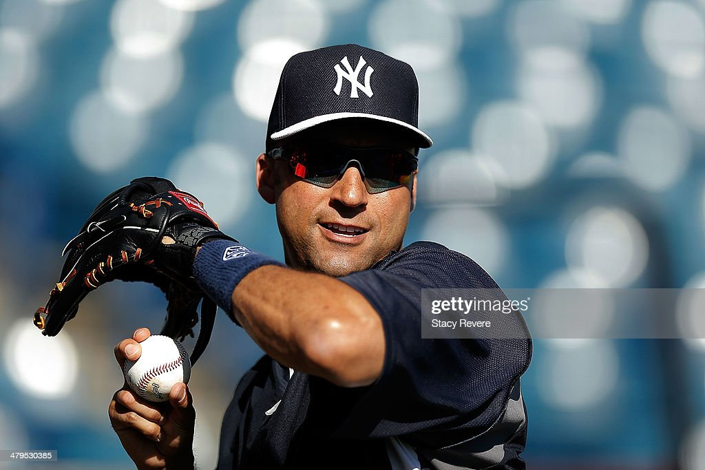 Derek Jeter #2 of the New York Yankees participates in drills prior to a game againt the Boston Red Sox at George M. Steinbrenner Field on March 18, 2014 in Tampa, Florida.