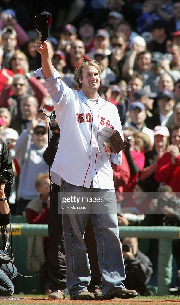 New York Yankees vs Boston Red Sox : News Photo