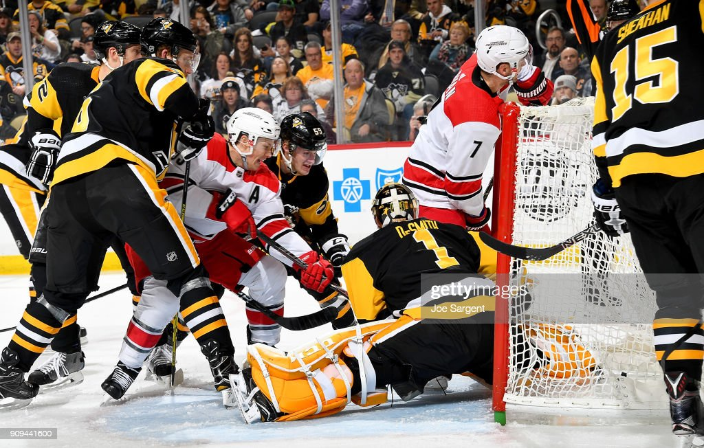 Carolina Hurricanes v Pittsburgh Penguins