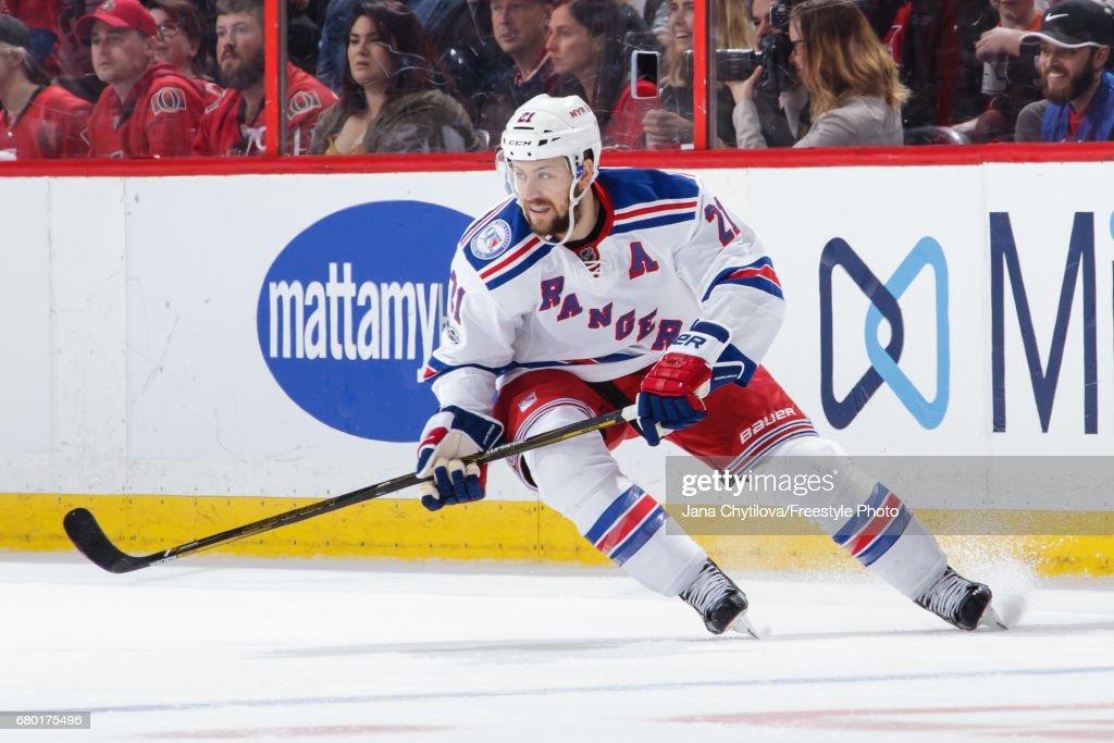 New York Rangers v Ottawa Senators - Game Five : News Photo