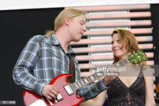 Derek Trucks and his wife Susan Tedeschi perform at Eric Clapton's Crossroads Guitar Festival 2007 held at Toyota Park on July 28 2007 in Bridgeview...